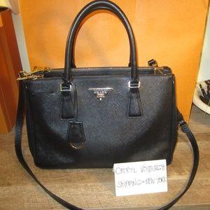 Black Saffiano Leather Small Double Zip Tote Bag